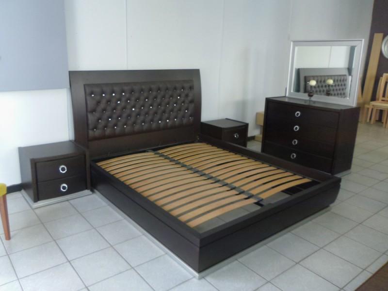 κρεβάτι με αποθηκευτικό
