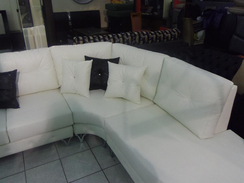 καναπές γωνία απρος