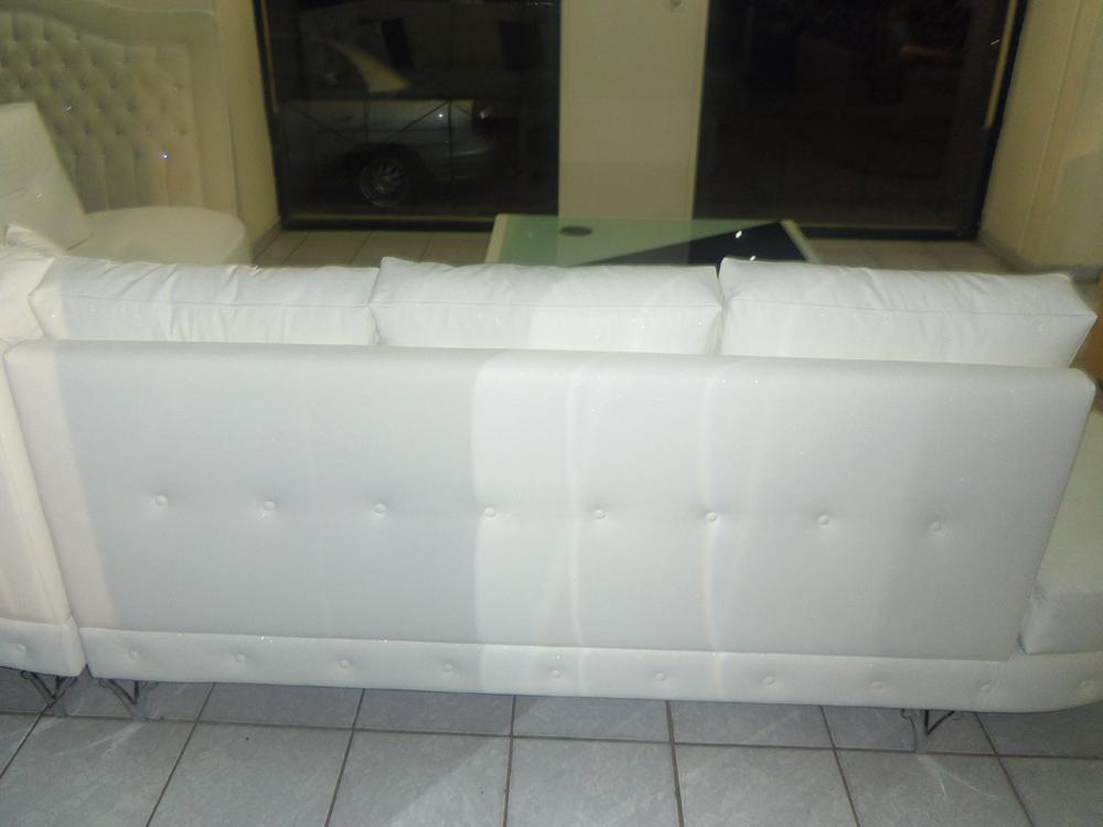καναπές γωνία-ασπρος